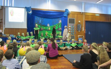 Year 1 – Christmas  Performance  Song