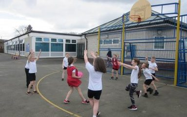 Year 3 and 4 Netball Coaching