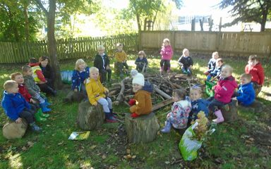 Nursery go for an Autumn walk